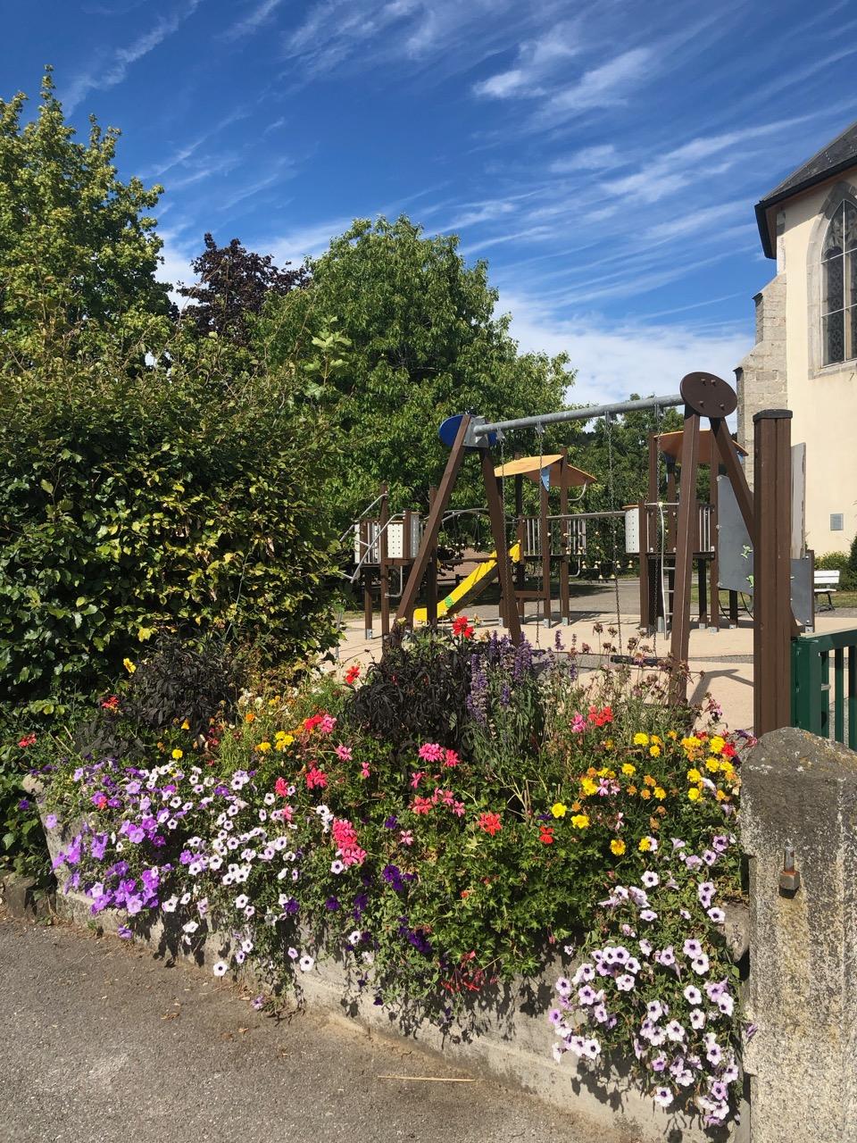 commune Menthonnex en Bornes fleurs Bouchet Freres
